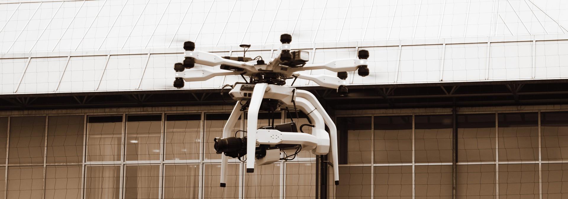 Kameradrohne, cameradrone